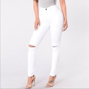 Fashion Nova white high rise ripped knee jeans